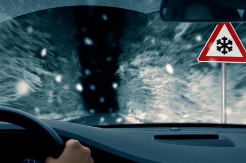 Jak przetrwać noc w samochodzie