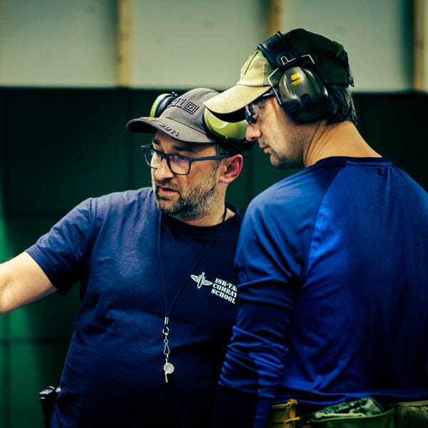 shooting instructor poland